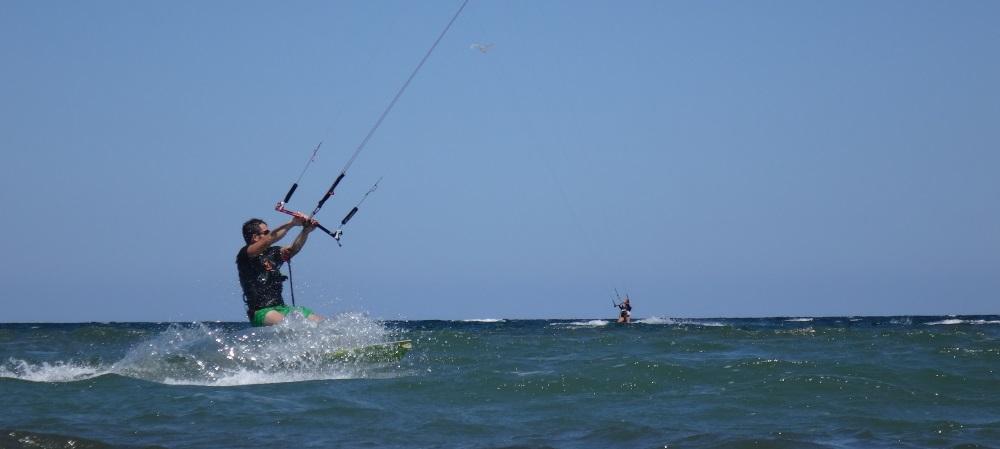 wind auf Vietnam Muine und Vungtau kitesurfen Vietnam Detusche kitekurs