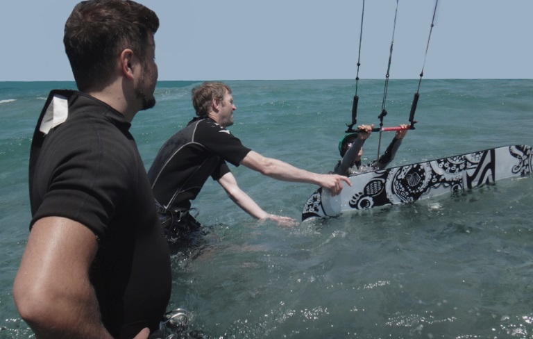 Latawce latawce i latawce, nauka kitesurfingu lekcje vietnam kiteschool