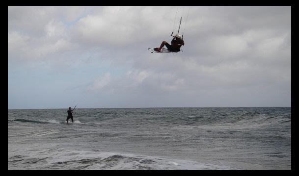Side-Shore Wind in Vietnam Vung Tau Kiteschool Januar kite Session