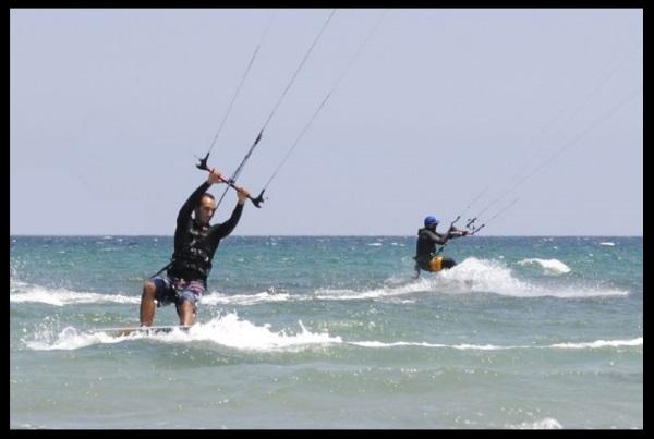 VARFÖR VÄLJ VIETNAM FÖR ATT LÄRA KITESURFING? Vung Tau Vietnams bästa destination för kitesurfing Lära sig med kitesurfing kitesurfinglessonsvientam com