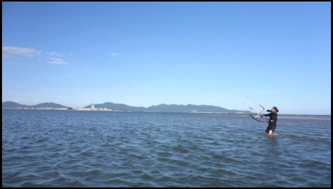 flat water kitesurfing spot vietnam - Vung Tau kiteschool in December