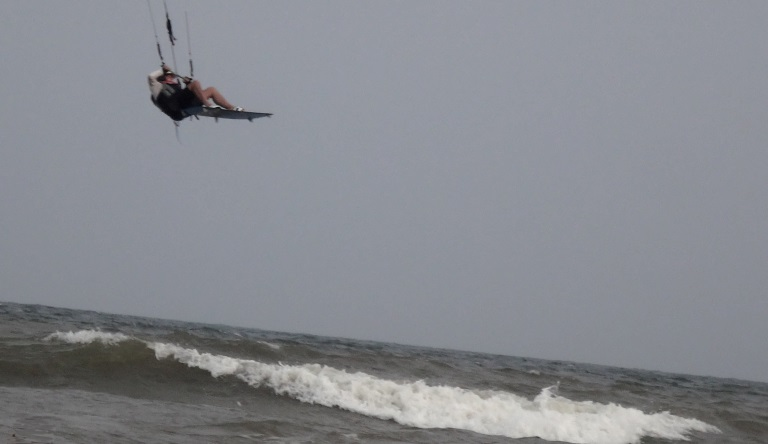 flying kitesurfing lessons vietnam Bai Sau kite beach Mui ne - Vung Tau December