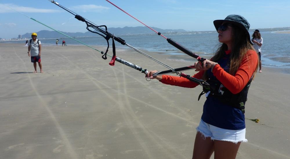kitesurfing lessons in vietnam en noviembre con alumna rusa