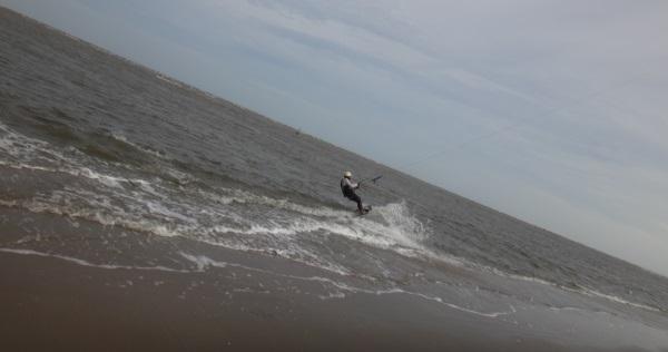 10 start sailing kite scene in Vung Tau