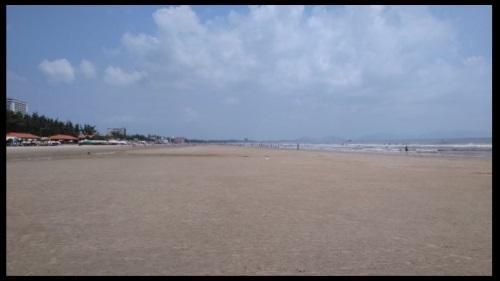 Bai Truoc and Bai Sau kitesurfing lessons kitesurf school best kite beach Vietnam