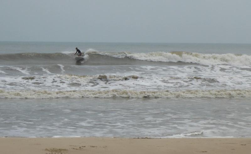 4 stand up paddle au Vietnam kitesurfing lessons Vietnam leçons de stand up à Vung Tau beach