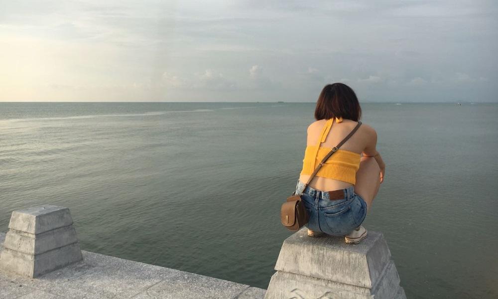 Ich warte auf den Wind in der Kite-Schule in Vung-Tau