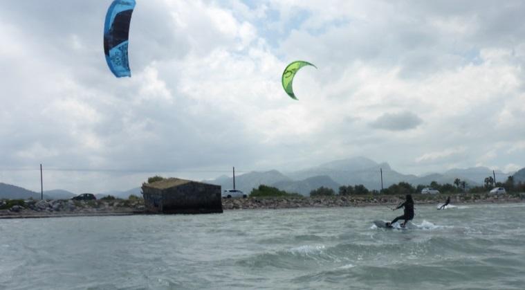 Apprenez à kitesurf avec www.kitesurfinglessonsvietnam