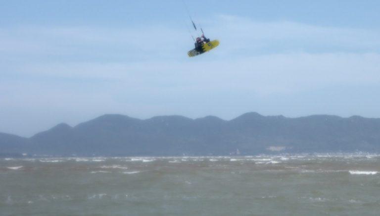6 kitesurfing-szkoła Vung-Tau najlepszy wiatr w Wietnamie Vung Tau lekcje kitesurfing