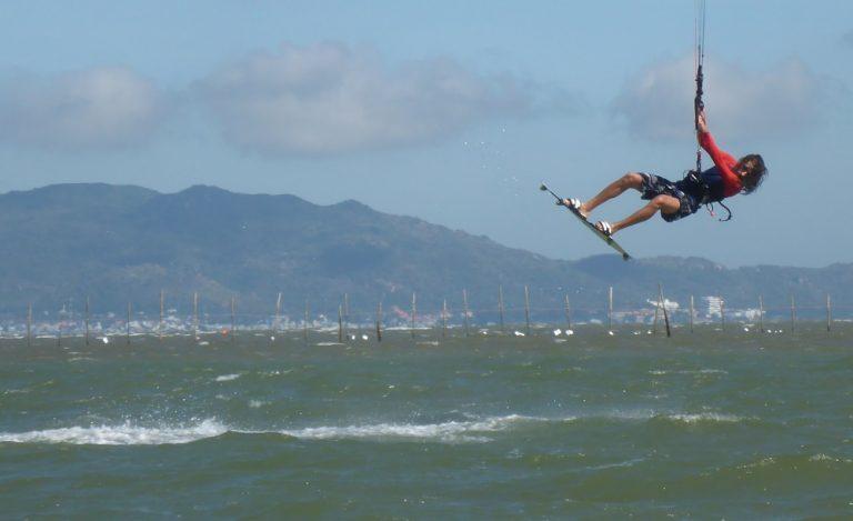 7 szkoła kitesurfingu w Wietnamie w grudniu