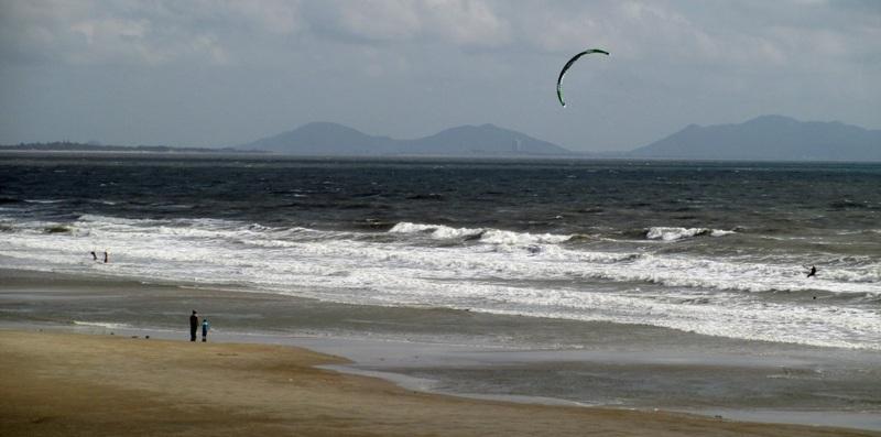 12-low-tide-in-vung-tau-kitesurfschule-kitesurfing lessons vietnam enero
