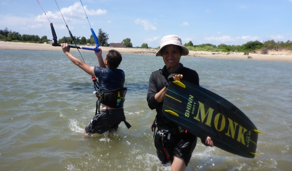 kite club Vung Tau kitesurfing lessons vietnam in december