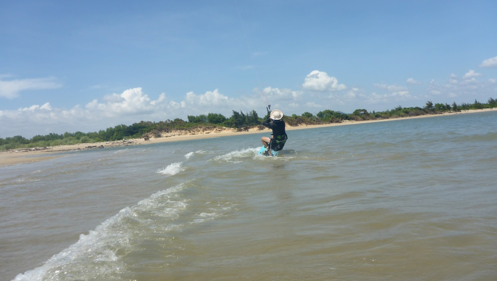 kite school in Vung Tau after your kitesurfing lessons in Ho Chi Minh kite school