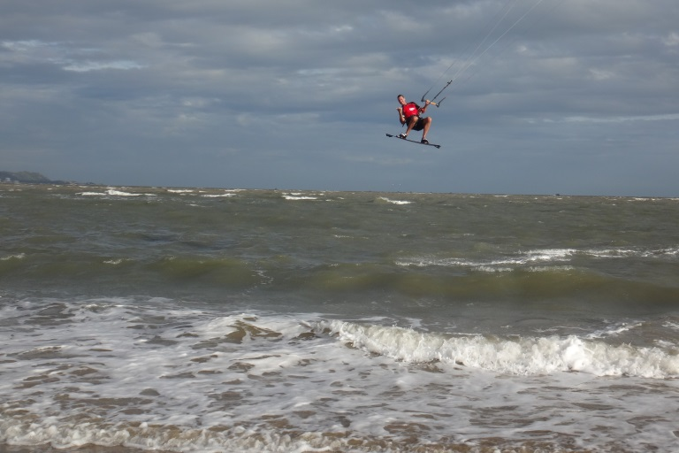 Kitesurfing-Unterricht in Vietnam - Vung Tau Beach Kitespot