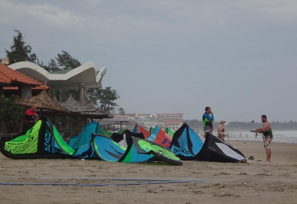 kiter community in Vung Tau kiteschool