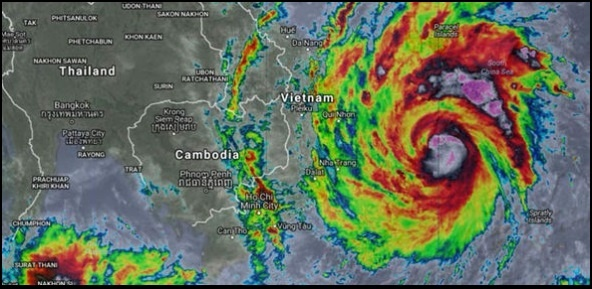 4 Typhoon crossing Phillippines