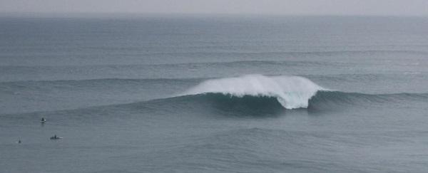 et là nous l'avons surfé sur la vague