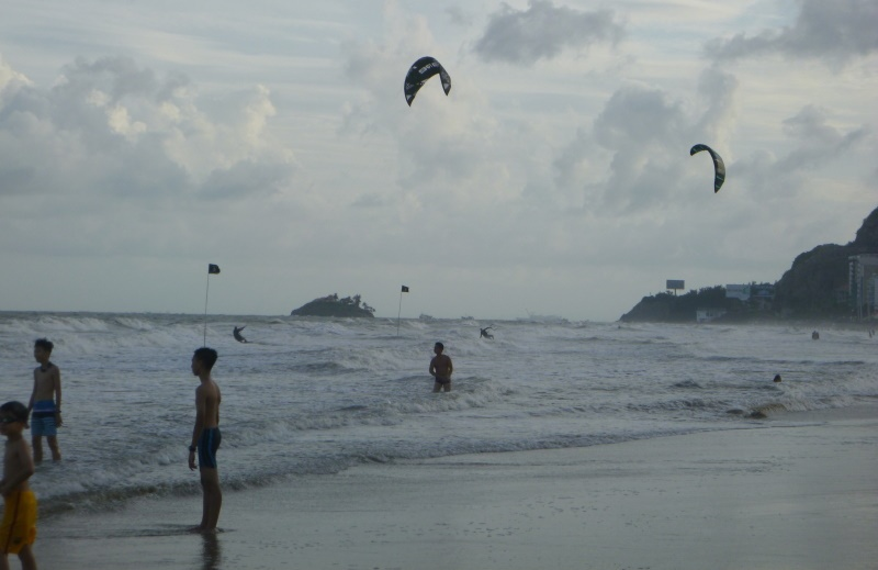 kitesurfing in Vung Tau beach in October