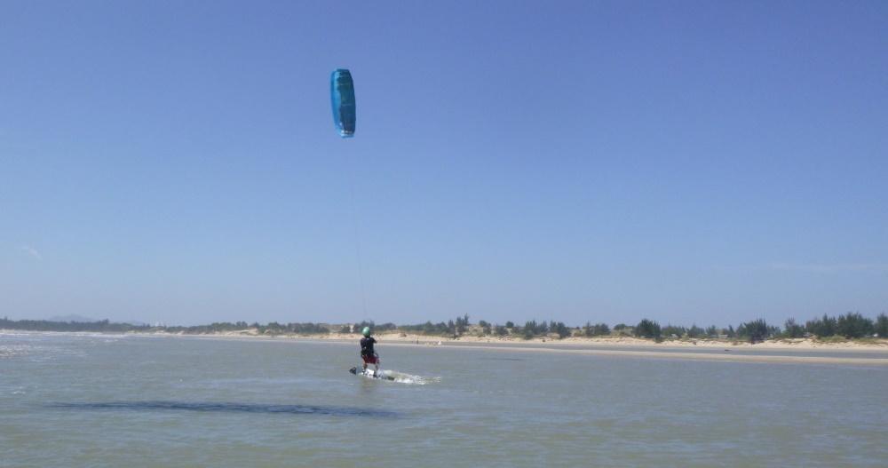 10 lướt ván diều ở Vũng Tàu