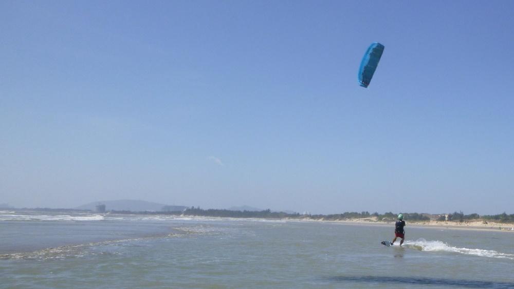 11 lướt ván diều ở Vũng Tàu