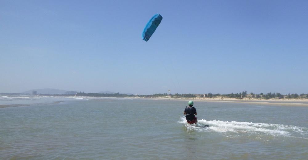 5 lướt ván diều ở Vũng Tàu