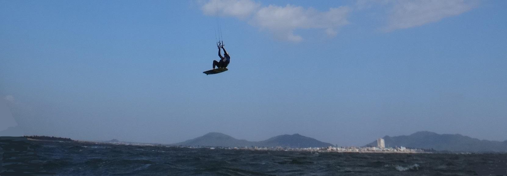 8 Long-Hai kitesurfing Vung tau