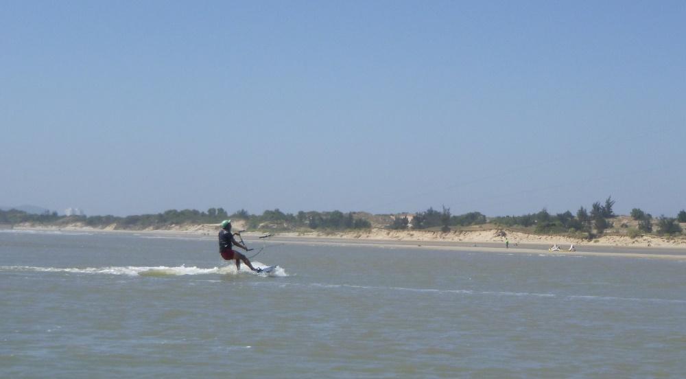 8 lướt ván diều ở Vũng Tàu
