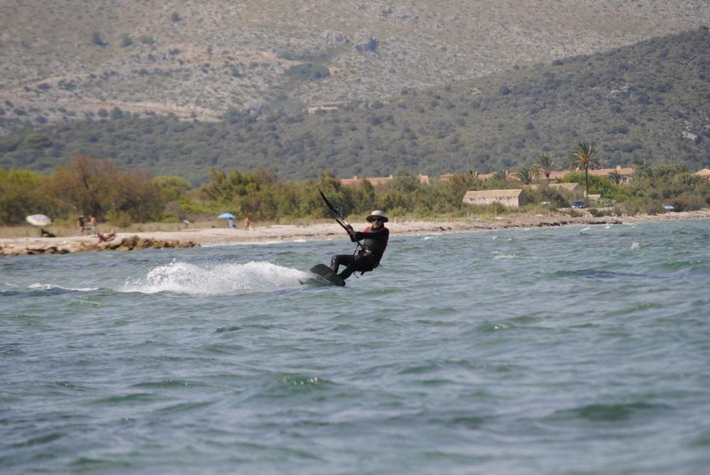 1 kiten sprungen in Vietnam kiteschule