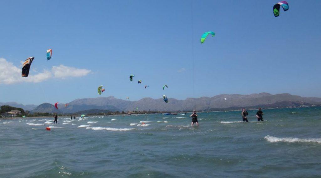 1 clase de kitesurf en un dia