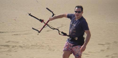 1 curso de kitesurf primera hora de curso en la arena