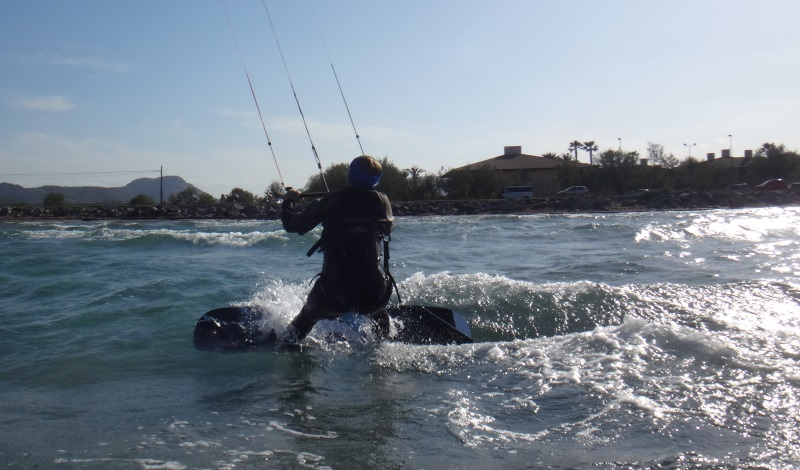13 kitesurf en Sa Marina