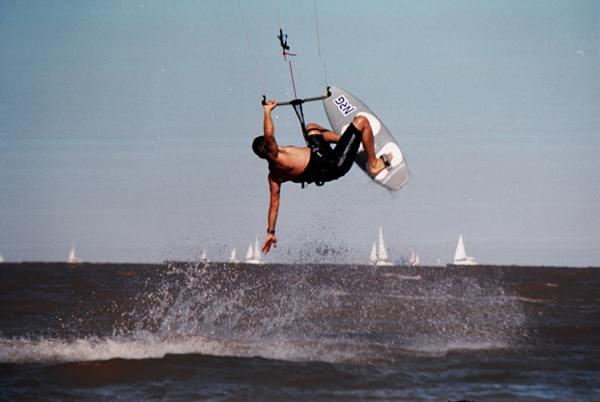 2 Kitesurf en el Rio de la Plata