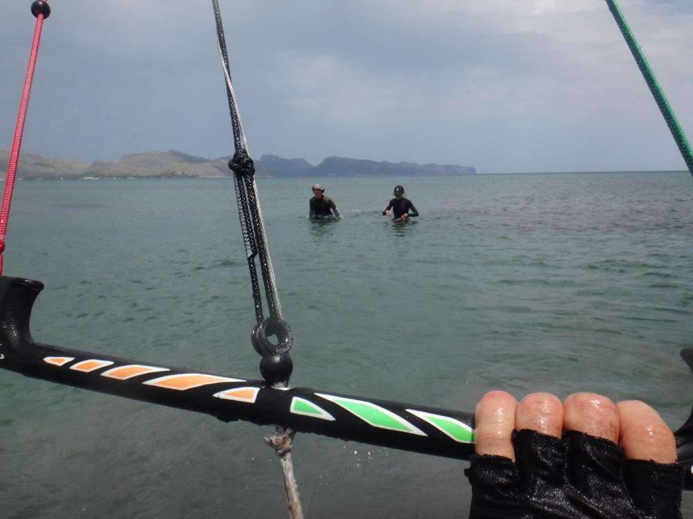 2 comienzo clase de kitesurf en un dia