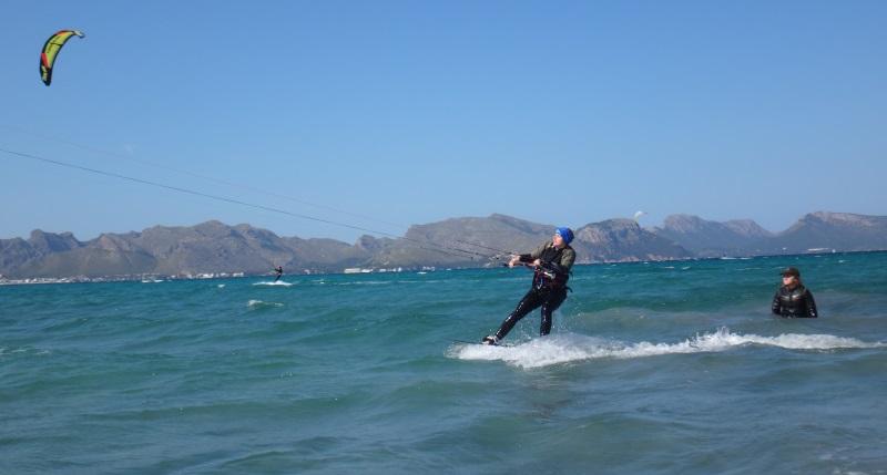 27 cada vez mejor kitesurf en Mallorca