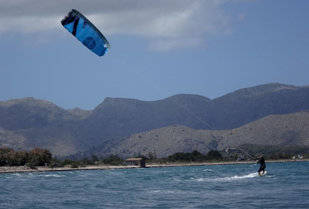 4 Flysurfer escuela de kitesurf en Mallorca