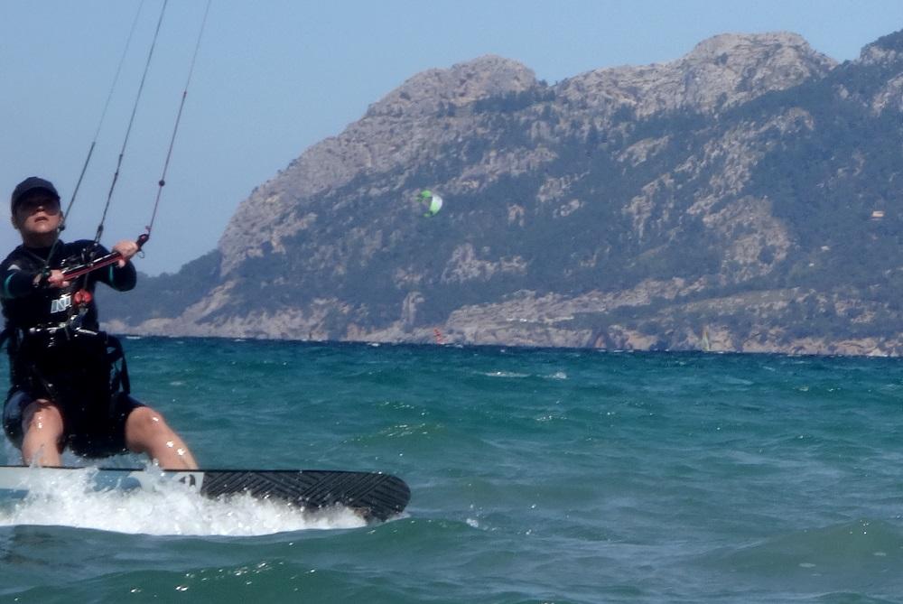 6 kitesurf en Pollensa cases de 3 dias
