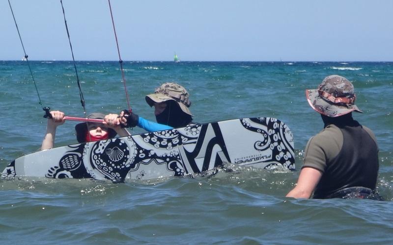 11-positionerung-auf-dem-kiteboard-kiteschule-Mallorca-erste-3-stunden-kitekurs