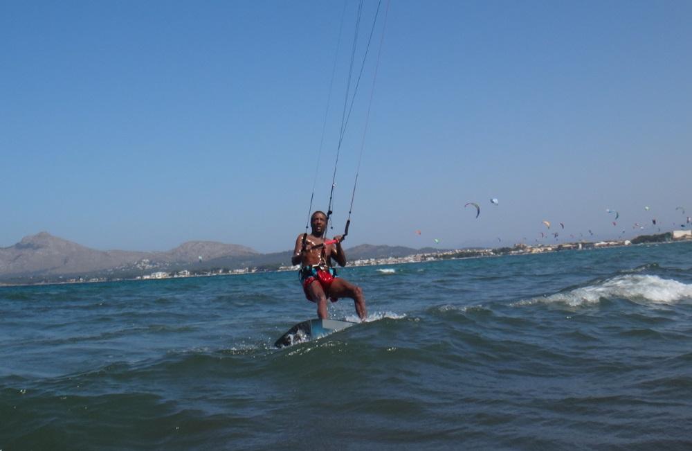 2-riding-in-control-kitesurfen-mallorca