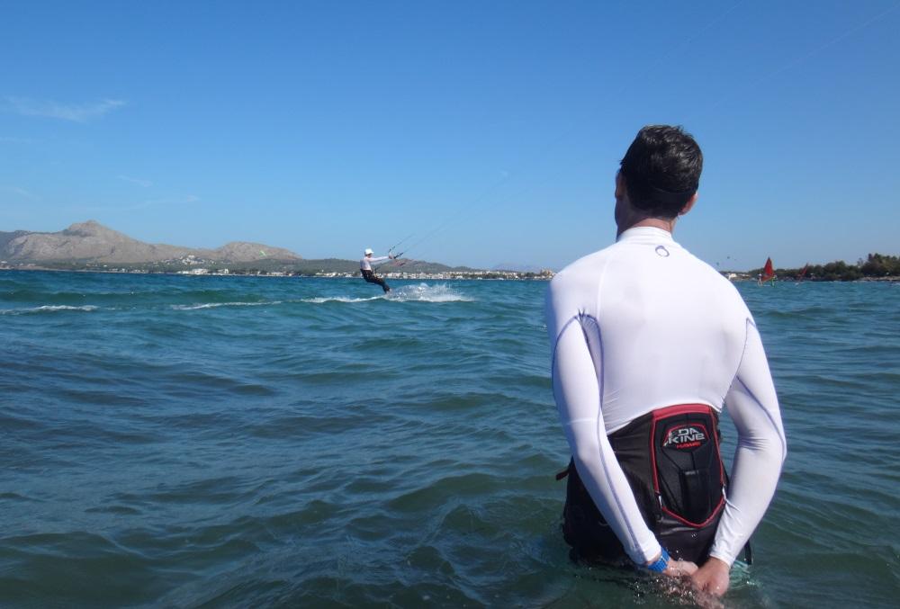 3-despierta-el-asombro-kitesurfing-lessons-mallorca