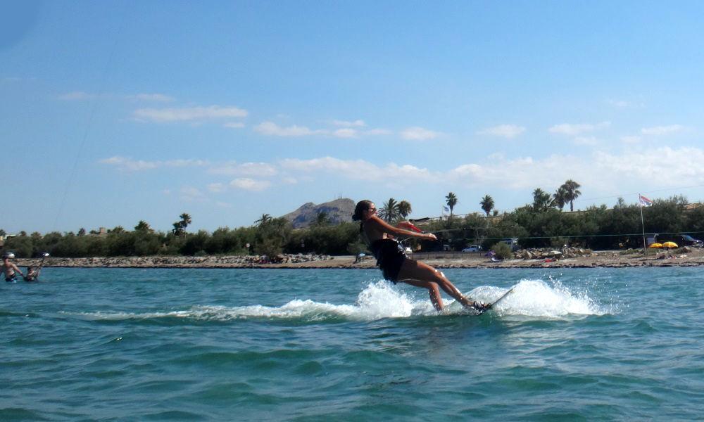 8 -full-speed-kitesurfing-lessons-mallorca-Maria-Jose