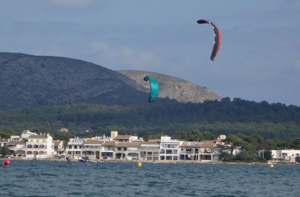1-kite-foilboarding-mallorca-Sonic-2-Alcudia