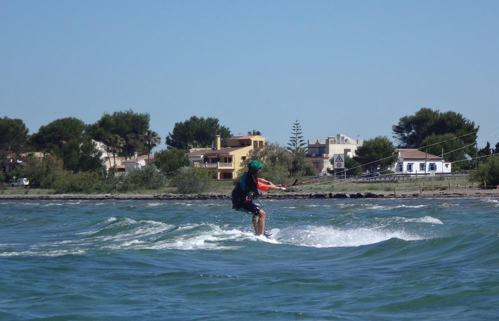 3-next-to-Sa-Marina-kitebeach-kitesurfing-Mallorca-Marta