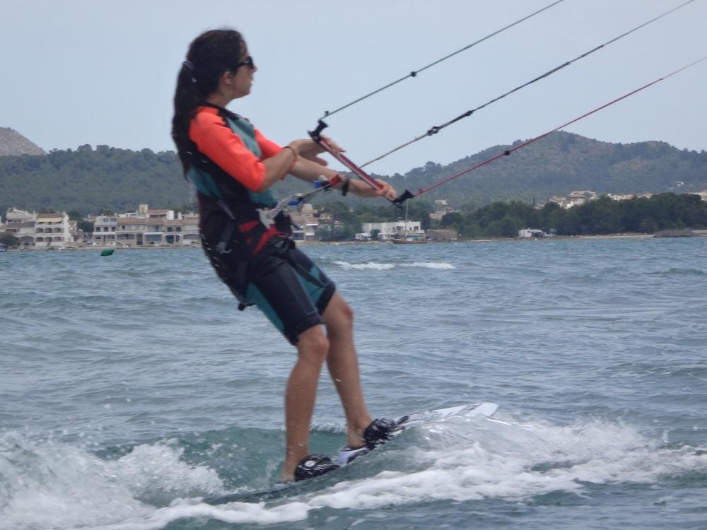 7-cursos-de-kitesurf-en-Can-Pastilla-Mallorca-kite mallorca-com