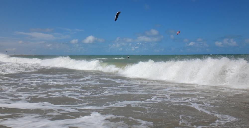 13 kitesurfing lessons vietnam- kitesurfing Brasil orillera demoledora