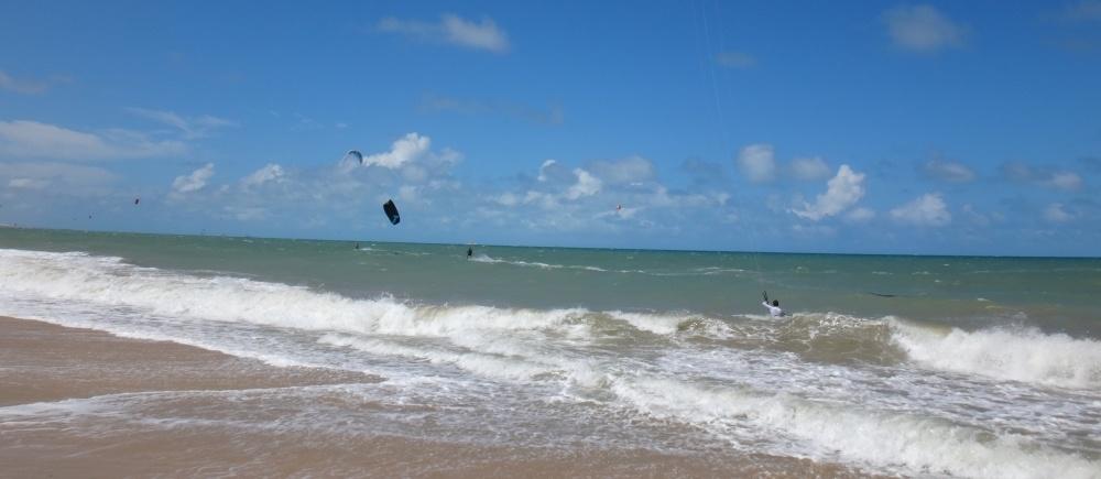 18 kitesurfing lessons vietnam- kitesurfing Brasil natural en Cumbuco