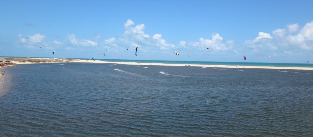 3 kitesurfing lessons vietnam- kitesurfing Brasil lagoa lotada