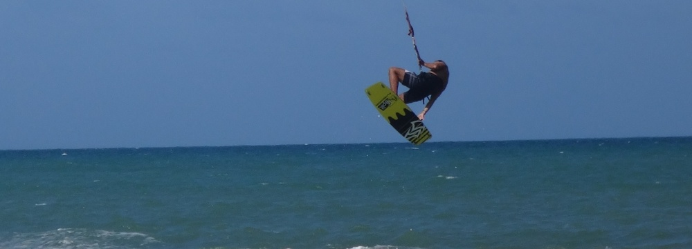 7 kitesurfing lessons vietnam kite blog - ya esta saltando
